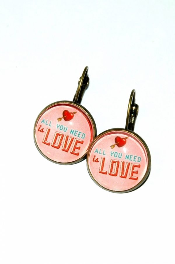 Boucles d'oreilles All You Need is Love